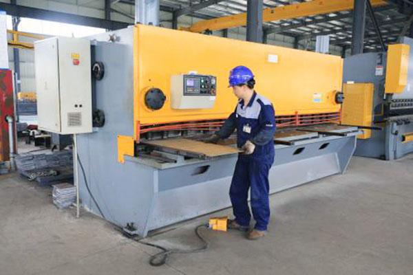 生产设备-数控剪板机